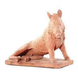 GT0424120063 Terracotta boar recumbent on matching plin