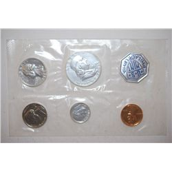 1960 US Mint Proof Set; Large Date; EST. $20-30