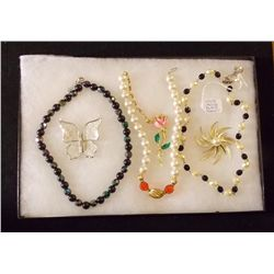 Lot of Necklaces and Brooches with Faux Pearl, Bla Vintage Costume Jewelry Lot of Necklaces and Broo