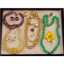 Lot of Necklaces, Earrings, and Brooches with Mult Vintage Costume Jewelry Lot of Necklaces, Ear Rin