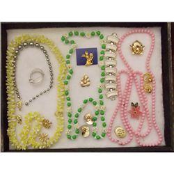 Lot of Necklaces, Earrings, and Brooches with Whit Vintage Costume Jewelry Lot of Necklaces Earrings