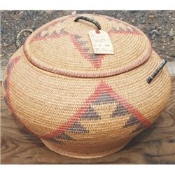 "Large willow basket, 18"" diameter"
