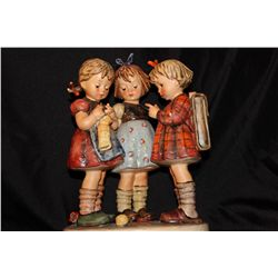 "SCHOOL GIRLS FULL CEE GOEBEL - MINT 9.5"" TALL - BASE 7"" X 4"""