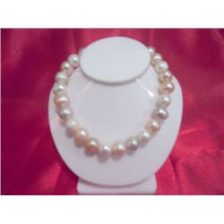 NATURAL 50.00 CTW TRICOLOR PEARL BRACELET 8 in