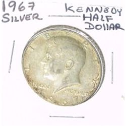 1967 KENNEDY SILVER HALF DOLLAR *NICE SILVER COIN - PLEASE LOOK AT PICTURE TO DETERMINE*!!