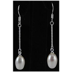 2.67g White Drop Freshwater Pearl Dangle Silver Earring