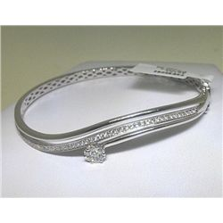 18KW BANGLE WITH DIAMONDS
