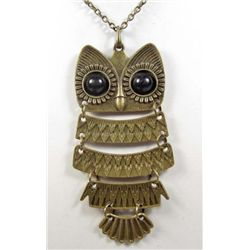 1602 - BRONZE BIG EYED OWL RETRO PENDANT W/ NECKLACE