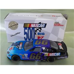 2000 1:24 Scale Darrell Waltrip NASCAR Kmart Car