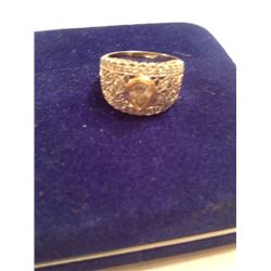 1 CT DIAMOND PEAR SHAPE CENTER 18K GOLD LADIES RING