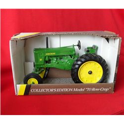 JD 1953 70 Row crop tractor, Ertl, 1/16 scale