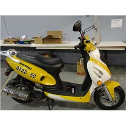 Bronc 50CC Gas Motor Scooter