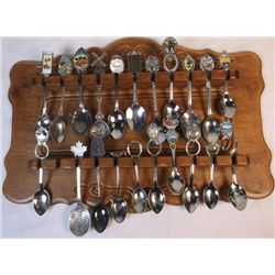 Collection of Spoons Souvenir Spoons with dislay rack approx. 21
