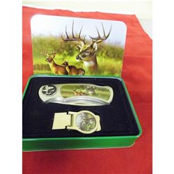 Wildlife Deer 7 in. knife w/matching money clip in decorative tin box
