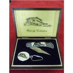 Wildlife Fish Collection w/ 7.25 in. knife and matching key chain in wooden hinged box