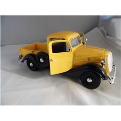 1/24 Scale - 1937 Sunny Side Yellow and Black Custom Pick Up