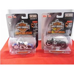Harley Davidson - 1/24 scale - 1948 FL Panhead & 1962 FLH Duo Glide Replicas - NEW in package -Maist