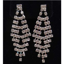 7048 - WHITE GOLD PLATE CHANDELIER EARRINGS W/ WHITE SWAROVSKI CRYSTALS