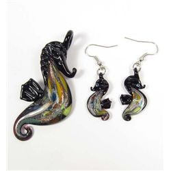 7297 - GLASS LAMPWORK SEAHORSE PENDANT AND EARRING SET