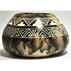 Acoma Pueblo Geometric Etched Horsehair Pottery - Gary Yellow Corn Louis