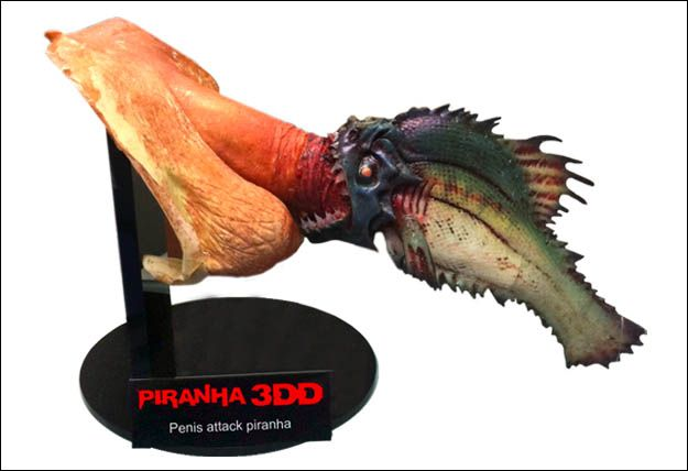 Image 1 : PIRANHA 3DD SCREEN USED PENIS AND 11 INCH LONG ATTACK FISH ON  GREAT
