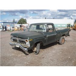 1976 Ford F15 S/A Pickup Truck