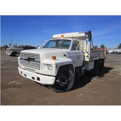 1986 Ford F700 S/A Dump Truck