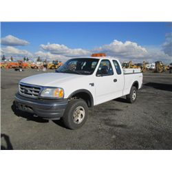 2001 Ford F150 XL 4x4 Pickup Truck