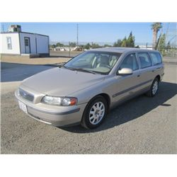 2002 Volvo V70 Station Wagon