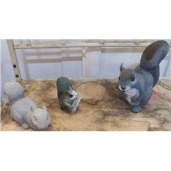 "3 Yard Art  squirrels 1- Cement large one is 9""x9"""