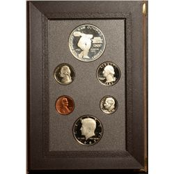 USA Proof set 1983 with Silver Olympic Dollar.