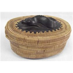 Vintage indonesian ketak grass fish basket for Live fish basket