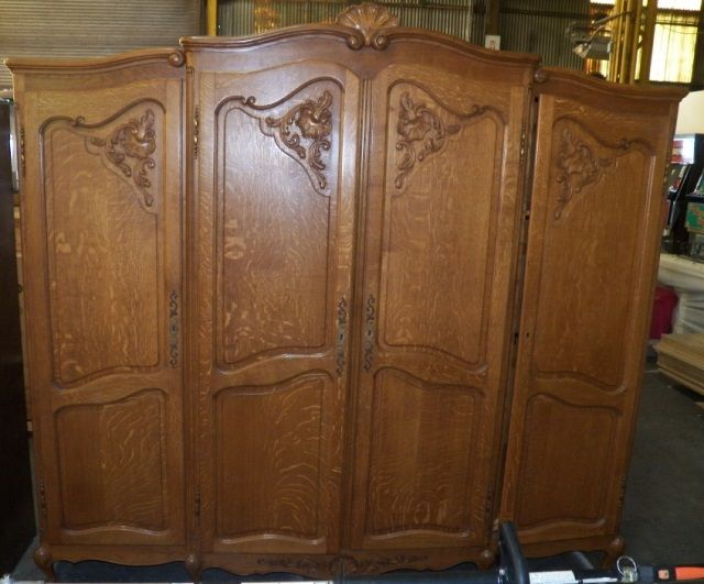Charmant ... Image 2 : Quarter Sawed Oak Armoire 4 Door Armoire Center Is A  Wardrobe, ...