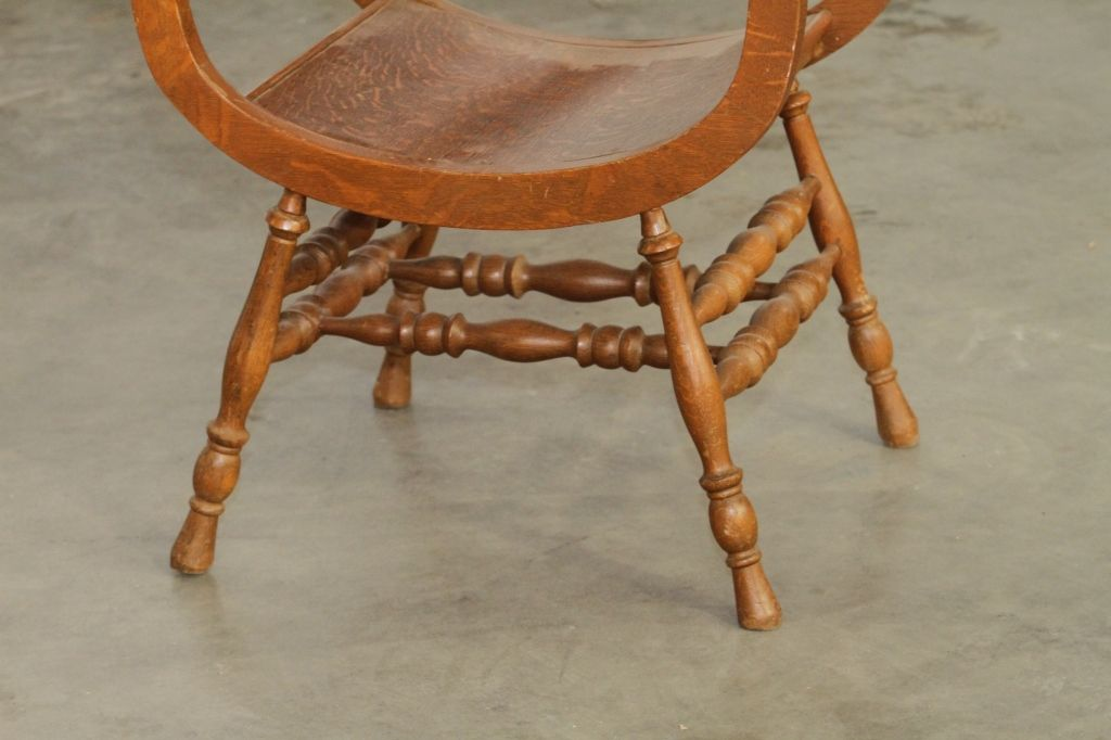 Image 8 : Antique Chair with Carved Face. - Antique Chair With Carved Face.