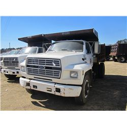 1994 FORD F700 S/A DUMP