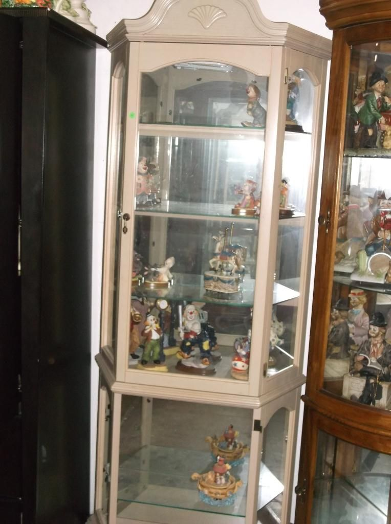 Image 1  White Wash Curio Cabinet approx 30  x 12  x 76  ... & White Wash Curio Cabinet approx 30