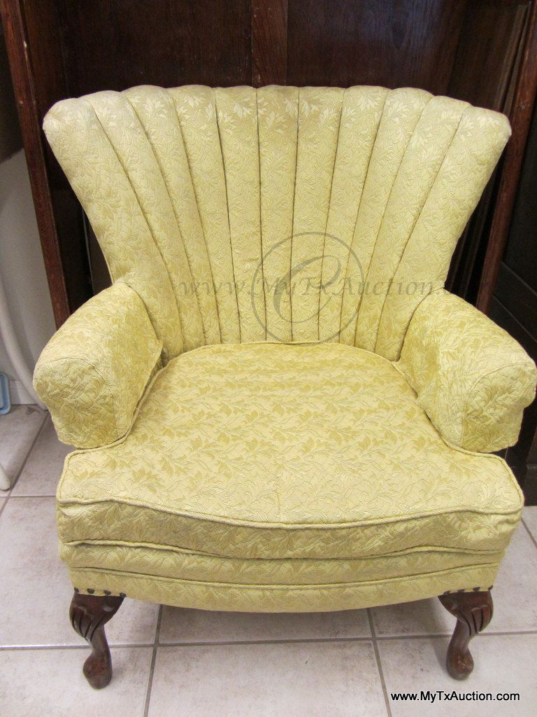 Bon VINTAGE: Wing Back Chair W/Channel Back W/ Queen Ann Legs Gold Upholstered.  Loading Zoom