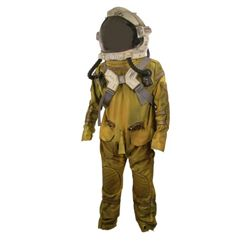 Outland/ Aliens Spacesuit/Helmet/Oxygen Pack Costume