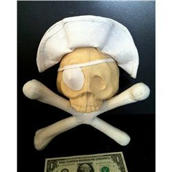 DISNEY ON PARADE PIRATE SKULL & CROSS BONES ANIMATRONIC HEAD W/ HAT & EYE PATCH HORROR PROP