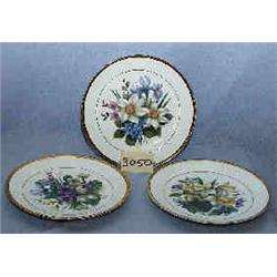3 PALL MALL WARE PLATES DEPICT flowers...