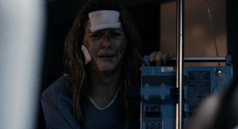 Halloween II (Rob Zombie 2009) - Laurie Strode\'s Hospital Gown