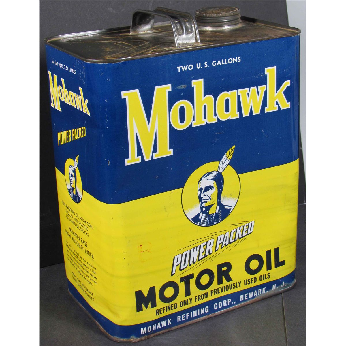 Mohawk motor oil two gallon tin for Gallon of motor oil