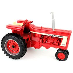 1/16 scale Ertl Farmall 706 toy tractor