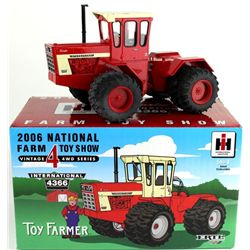 2006 National Farm Toy Show for toy farmer