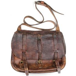 US leather dispatch bag with leather shoulder