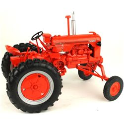 1/16 scale Case DCS High Crop toy farm tractor