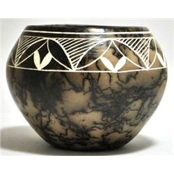 Acoma Pueblo Flowers Etched Horsehair Pottery - Gary Yellow Corn Louis