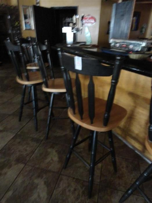34 Swivel Barrel Back Style Bar Stools