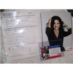 JULIA LOUIS DREYFUSS SIGNED LATE SHOW W/ CONAN O'BRIEN  CONTRACT W/ PSA/DNA CERTIFICATION