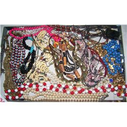 LARGE WHOLESALE LOT OF ASSORTED FASHION JEWELRY, SOME VINTAGE